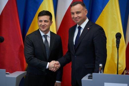 Украина и Польша с открытым сердцем движутся в будущее и акцентируют внимание на том, что объединяет – Владимир Зеленский по итогам встречи с Анджеем Дудой