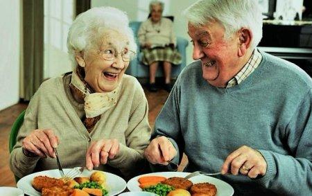 Президент анонсировал новую программу поддержки пенсионеров в возрасте 75+