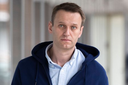 Алексея Навального объявили в розыск