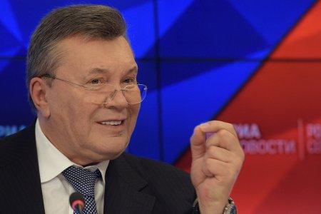 Суд ЕС разморозил активы Януковича и его сына